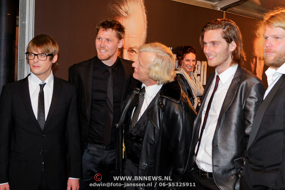 NLD/Amsterdam/20111017 - Premiere De Heineken Ontvoering, Teun Kuilboer, Reinout Scholten van Asschat, Gijs Naber en Korneel Evers en Rutger Hauer