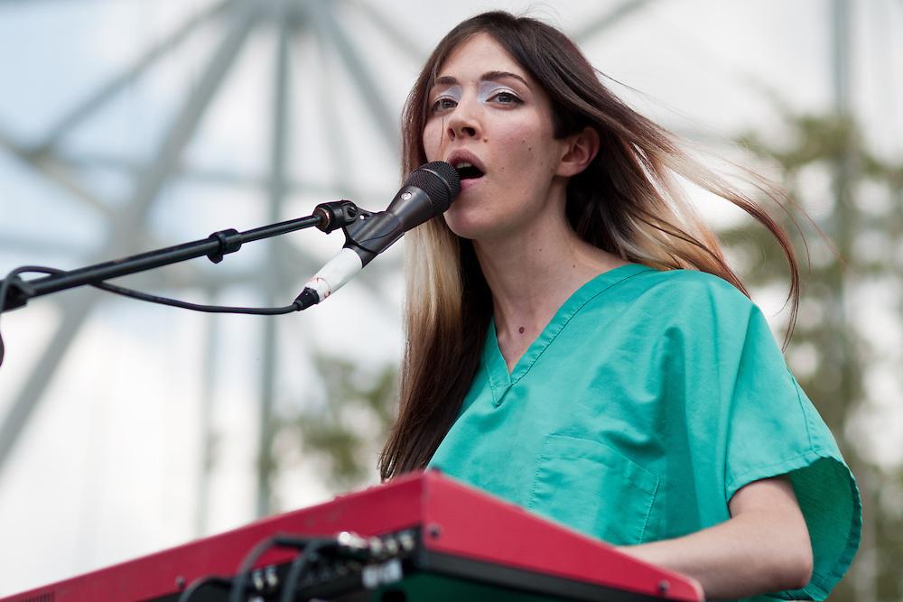Caroline Polachek of Chairlift performs at Bunbury Music Festival at Yeatman's Cove in Cincinnati, Ohio on July 13, 2013.