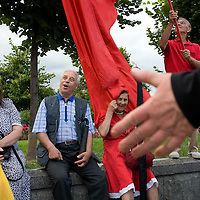 RUSSIA - Russland - MOSCOW, MOSKAU; Military holiday;Comunist veterans singing old songs next to the Red Square...      © Christian Jungeblodt