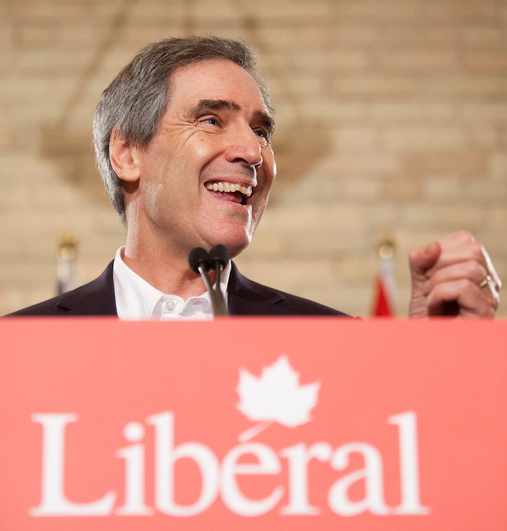 London, ONT.; April 1, 2011--  Liberal leader Michael Ignatieff talks with participants of a round table meeting on homecare at the VON offices in London, Ontario, April 1, 2011.<br /> <br /> (GEOFF ROBINS/ Postmedia News)