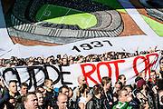 ROTTERDAM  - Feyenoord - PSV , eredivisie , voetbal , Feyenoord stadion de Kuip , seizoen 2014/2015 , 22-03-2015 , Supporters willen dat Eric Gudde vertrekt , Gudde rot op staat er op het spandoek