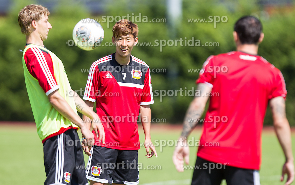 17.07.2013, Alois Latini Stadion, Zell am See, AUT, Bayer 04 Leverkusen Trainingslager, im Bild Stefan Kiessling, (Bayer 04 Leverkusen) und Heung-Min Son, (Bayer 04 Leverkusen) // during a Trainingssession of the German Bundesliga Club Bayer 04 Leverkusen at the Alois Latini Stadium, Zell am See, Austria on 2013/07/17. EXPA Pictures © 2013, PhotoCredit: EXPA/ Juergen Feichter