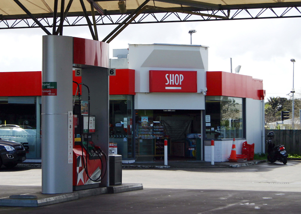 The Challenge service station, one of two ram raided by four youths who were later arrested after crashing into a phone box while fleeing from the police, Papatoetoe, Auckland, New Zealand, Tuesday, September 16, 2014. Credit:SNPA / Grahame Clark