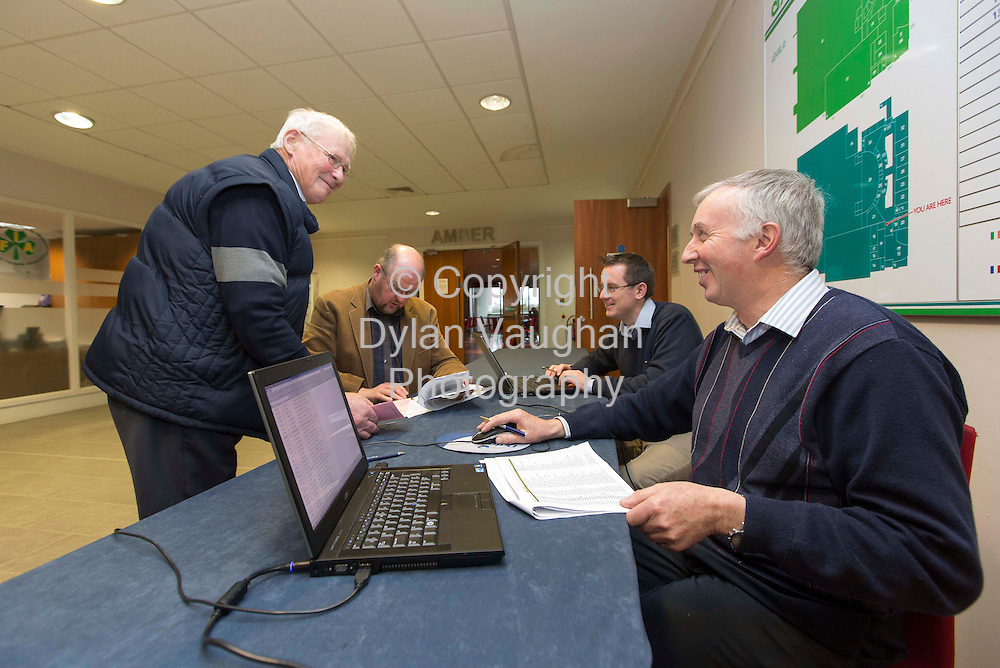 13/11/2012.Michael Teehan from Rathmoyle Co. Kilkenny (standing) pictured registering to vote at the Glanbia vote at Cillin Hill in Kilkenny yesterday..Also in the picture from left are Glanbia staff Pat Holohan Gearoid Kennedy and Ned Healy...Picture Dylan Vaughan.