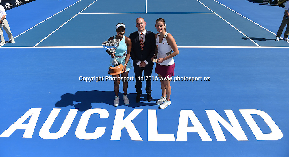 Karl Budge with Sloane Stephens (USA) and Julia Goerges on Finals Day at the ASB Classic Tennis Women's tournament. ASB Tennis Centre, Stanley st, Auckland, New Zealand. Saturday 9 January 2016. Copyright Photo: Andrew Cornaga / www.photosport.nz