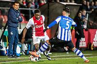 AMSTERDAM - Jong Ajax - FC Eindhoven , Voetbal , Jupiler league , Seizoen 2016/2017 , Sportpark de Toekomst , 24-02-2017 , Jong Ajax speler Deyovaisio Zeefuik (l) in duel met Eindhoven speler Maxime Gunst (r)