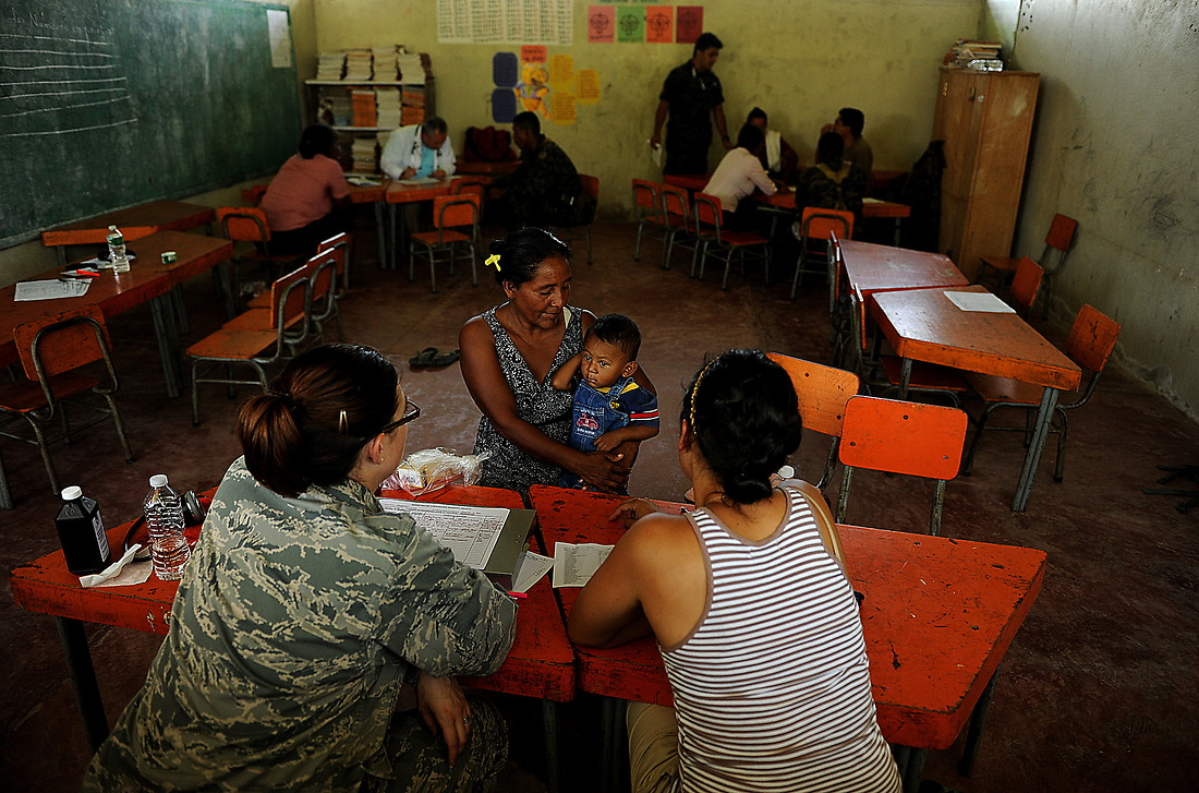 Patients from Wawina, Honduras are screened before seeing a doctor. In Wawina, 390 patients were screened. — © /