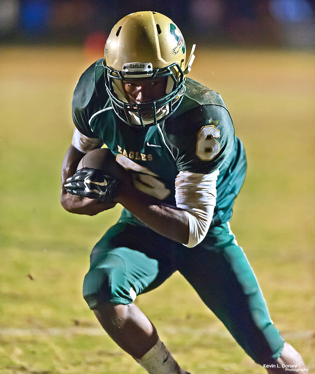 Tyrell Dumpson scores the only TD for Ben L Smith High School