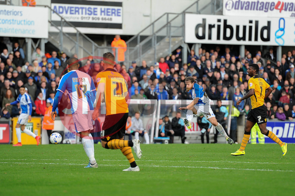 Stuart Sinclair of Bristol Rovers takes a shot at goal - Mandatory byline: Dougie Allward/JMP - 07966 386802 - 24/10/2015 - FOOTBALL - Memorial Stadium - Bristol, England - Bristol Rovers v Newport County AFC - Sky Bet League Two