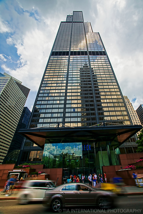 Entrance to Skydeck @ Willis Tower, Jackson Boulevard