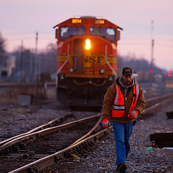 A BNSF train pulls down the connection from the Canadian National at Centralia, IL and slows to change crews before heading north towards Beardstown and Galesburg.