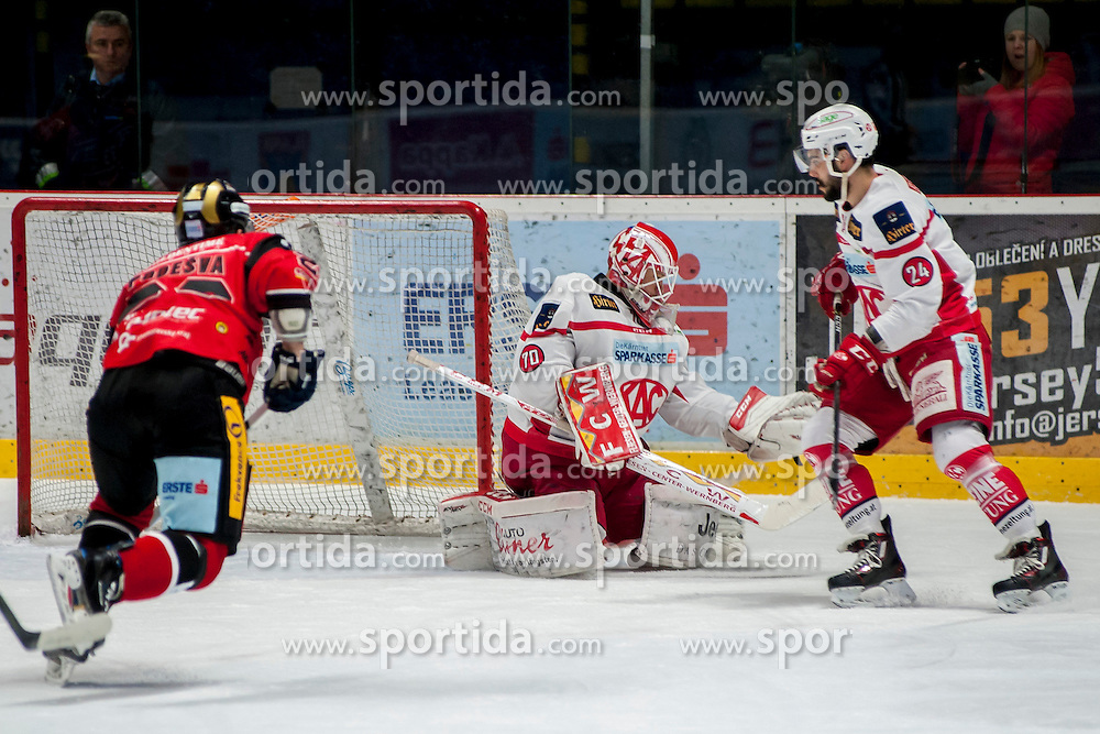 13.01.2017, Ice Rink, Znojmo, CZE, EBEL, HC Orli Znojmo vs EC KAC, 43. Runde, im Bild v.l. Martin Podesva (HC Orli Znojmo) Tomas Duba (EC KAC) Steven Strong (EC KAC) // during the Erste Bank Icehockey League 43th round match between HC Orli Znojmo and EC KAC at the Ice Rink in Znojmo, Czech Republic on 2017/01/13. EXPA Pictures © 2017, PhotoCredit: EXPA/ Rostislav Pfeffer