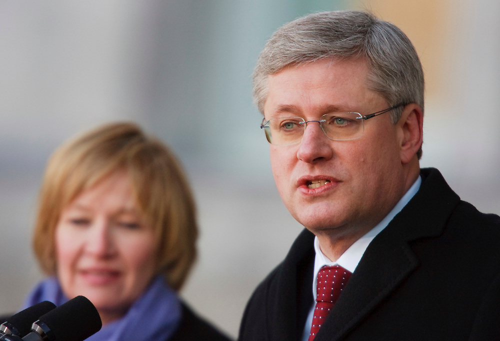 Prime Minister Stephen Harper makes a statement at Rideau Hall in Ottawa, Ontario, Saturday March 26, 2011 following a meeting with Governor General David Johnston to dissolve Parliament so there can be an election. The Conservative government was defeated, found in contempt of Parliament, in a non-confidence vote Friday. Canadians will be heading to the polls May 2.<br /> AFP/GEOFF ROBINS/STR