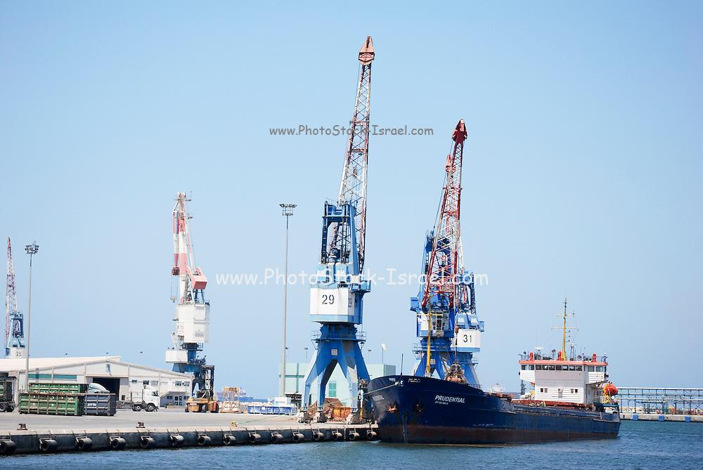 Israel, Haifa, Port of Haifa, the largest port in Israel. Harbour Crane unloads a cargo ship