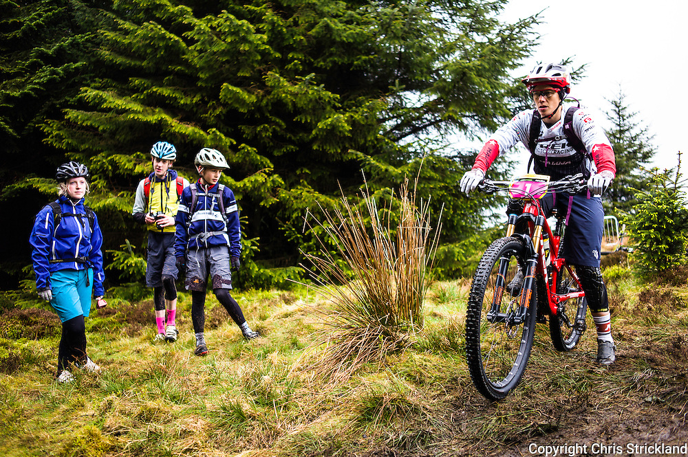 Glentress, Peebles, Scotland, UK. 31st May 2015. Fans watch Tracy Mosley of Trek Factory Racing at the start of Stage 5 at the Enduro World Series Round 3 which took place on the iconic 7Stanes trails during Tweedlove Festival. Mosley went onto to win the round.