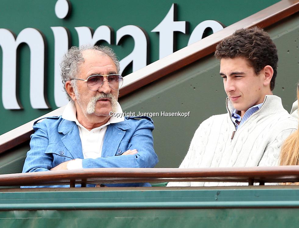 French Open 2014, Roland Garros,Paris,ITF Grand Slam Tennis Tournament,<br /> Tennis Impresario Ion Tiriac (ROU) sitzt in seiner Loge am Centre Court, Einzelbild,Halbkoerper, Querformat,Portrait,