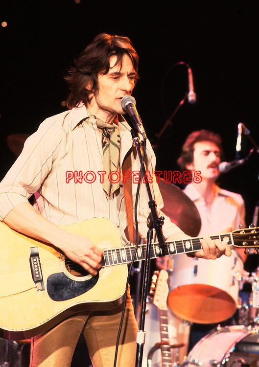 Gene Clark 1979 in McGuinn Clark Hillman on Midnight Special