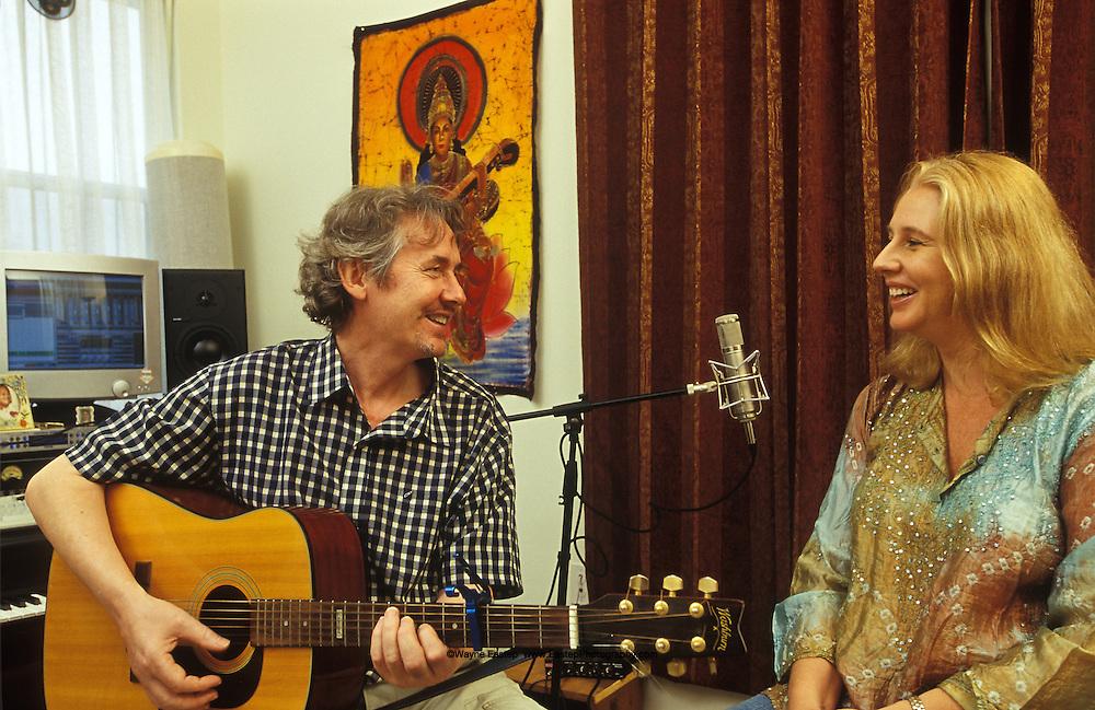 Singersonger writer Danny Ellis Liz Jones, Sarasota, FL