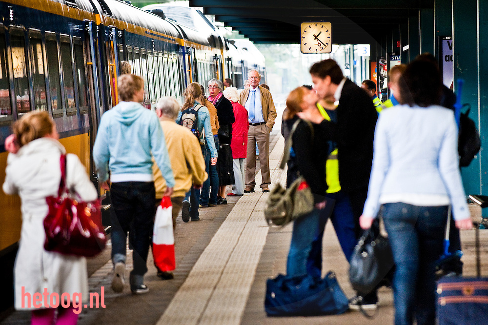 Waar: Statin NS Enschede wat: afscheid Wanneer: 27 april 2009 13:27