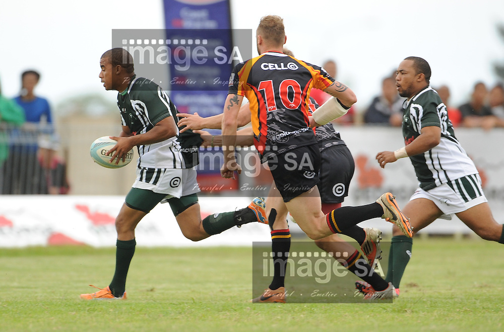 GEORGE, SOUTH AFRICA - Saturday 7 March 2015, Leegan Moos of Pacaltsdorp Evergreens on the attack during the third round match of the Cell C Community Cup between Pacaltsdorp Evergreens and Vaseline Wanderers at Pacaltsdorp Sports Grounds, George<br /> Photo by Roger Sedres/ImageSA/ SARU