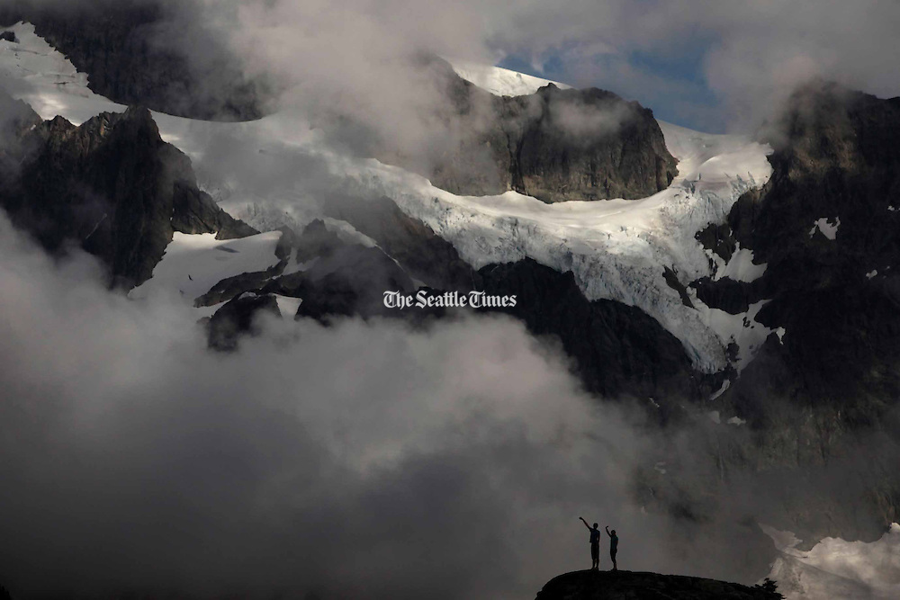 Visitors at Artist Point at the end of the Mount Baker Highway.  The area offers 360-degree views of Mount Baker and Mount Shuksan. <br /> <br /> Erika Schultz / The Seattle Times