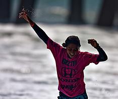 Malia Manuel Wins U.S. Open of Surfing 2008