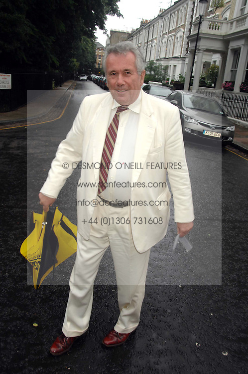 MARTIN BELL at the annual Sir David &amp; Lady Carina Frost Summer Party in Carlyle Square, London SW3 on 5th July 2007.<br /><br />NON EXCLUSIVE - WORLD RIGHTS