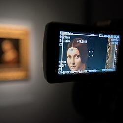 Foto Piero Cruciatti / LaPresse<br /> 14-04-2015 Milano, Italia<br /> Cultura<br /> Anteprima stampa della mostra &quot;Leonardo da Vinci 1452 - 1519&rdquo; a Palazzo Reale<br /> Nella Foto: 'Belle ferronni&egrave;re&rsquo;<br /> <br /> Photo Piero Cruciatti / LaPresse<br /> 14-04-2015 Milan, Italy<br /> Cultura<br /> Press preivew of the exhibition &quot;Leonardo da Vinci 1452 - 1519&rdquo; at Palazzo Reale <br /> In the Photo: 'Belle ferronni&egrave;re&rsquo;
