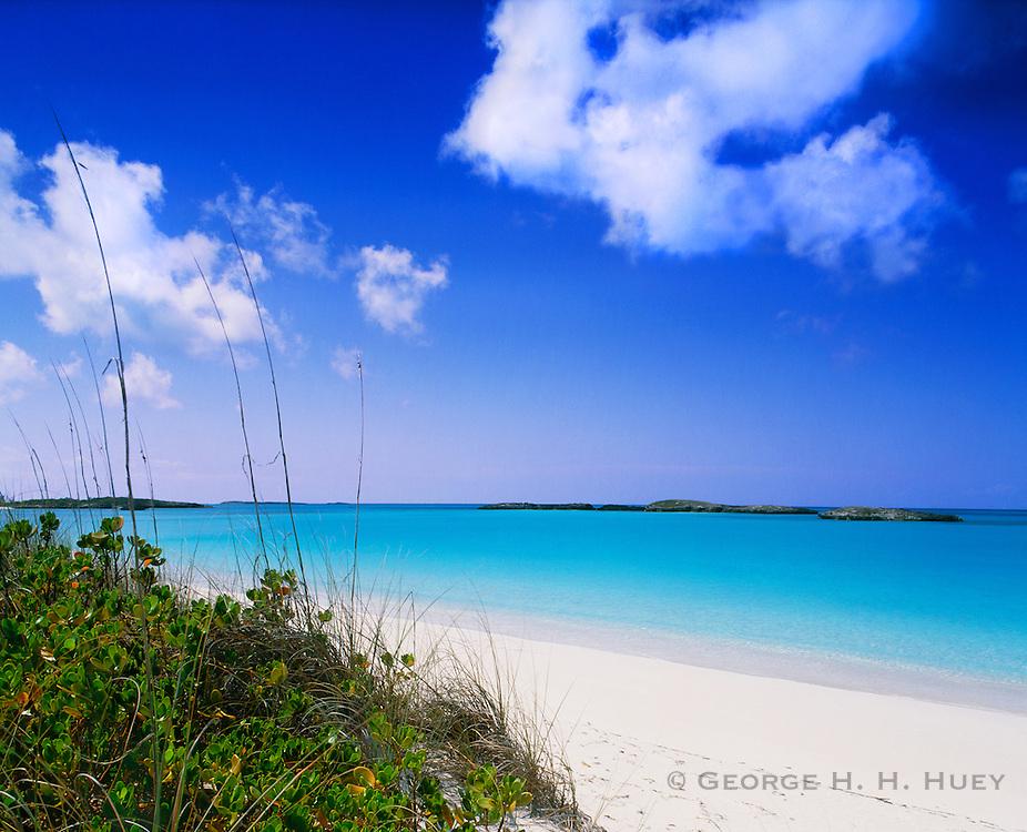 6204-1009 ~ Copyright: George H. H. Huey ~ Tropic of Cancer Beach and Exuma Sound. Little Exuma Island, Exuma Cays, Bahamas.