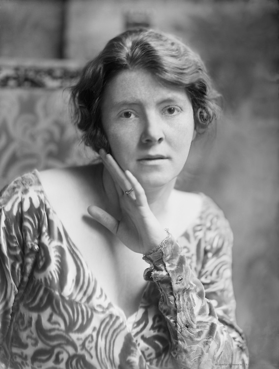 Viola Tree, actress, 1915