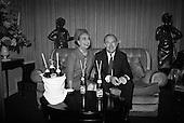 1966-14/12 Joan Crawford Promotes Pepsi