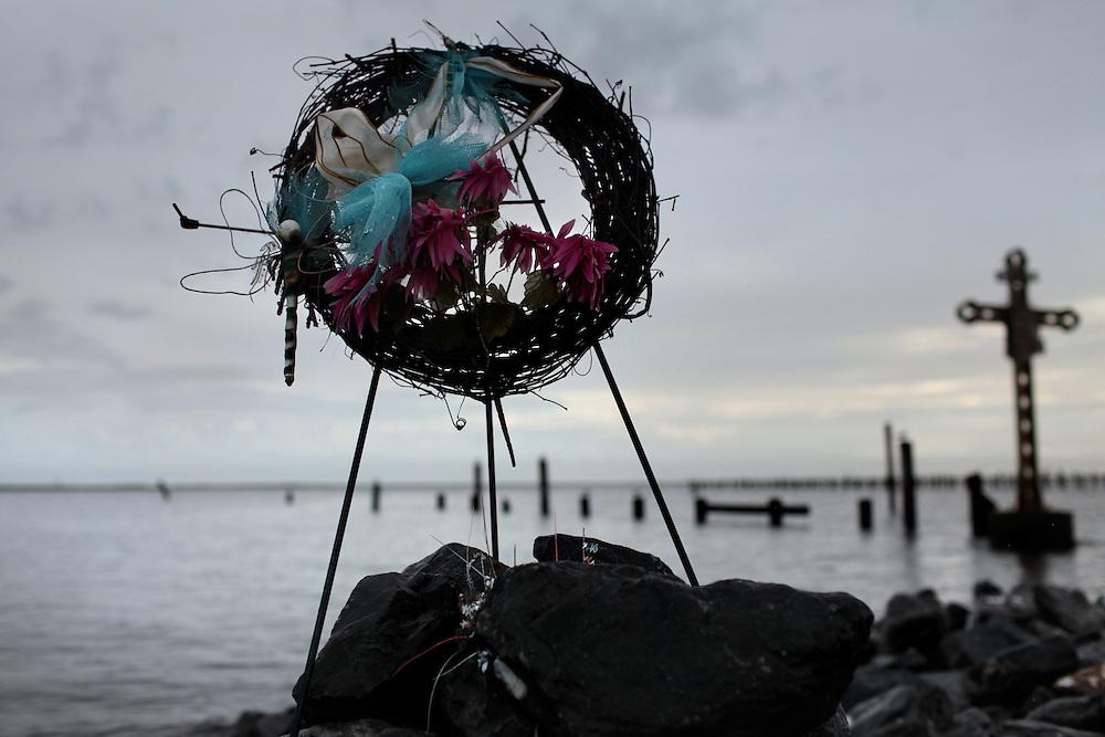Hurricane Katrina anniversary memorial ceremony. laying of the wreath on Shell Beach, LA August 29, 2010.
