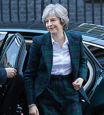 2017-01-17 Theresa May returns to Downing Street following Brexit speech