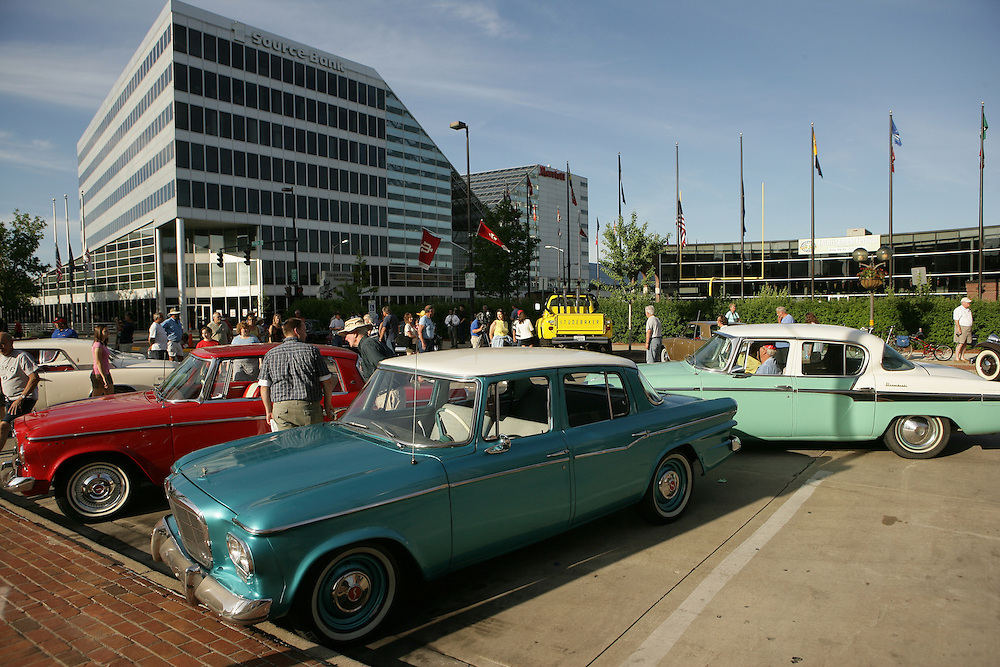 Studebakers on display in Downtown South Bend...Photo by Matt Cashore..All rights reserved.  No usage without proper authorization and/or compensation...To contact Matt Cashore:.cashore1@michiana.org.574-220-7288.574-233-6124.www.mattcashore.com..