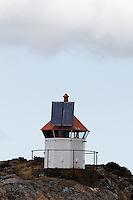 Light house powered by solar panel at Hitra - Fyrtårn med solcellepanel på Hitra