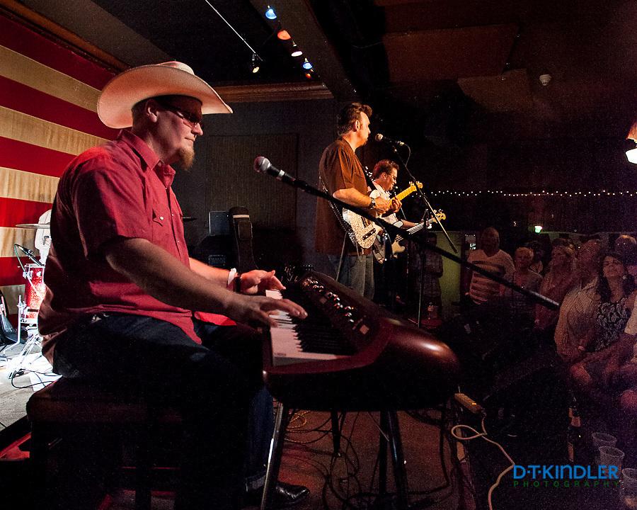 The Derailers - http://derailers.com/