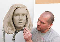 MAY 02 2013 Madame Tussauds - Finishing Touches to Adele's Clay Head