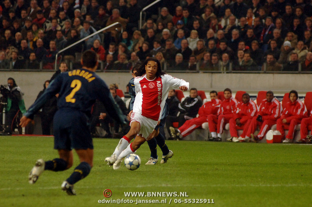 NLD/Amsterdam/20060222 - Voetbal, Champions League, Ajax - FC Internazionale, Urbu Emanuelson