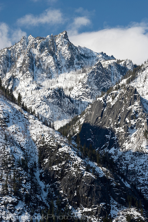 Snow Creek Wall above Snow Creek Canyon on Sleeping Lady Mountain, with scars from the 1994 Rat Creek forest fire, Alpine Lakes Wilderness, Wenatchee National Forest, Cascade Range, Washington, USA