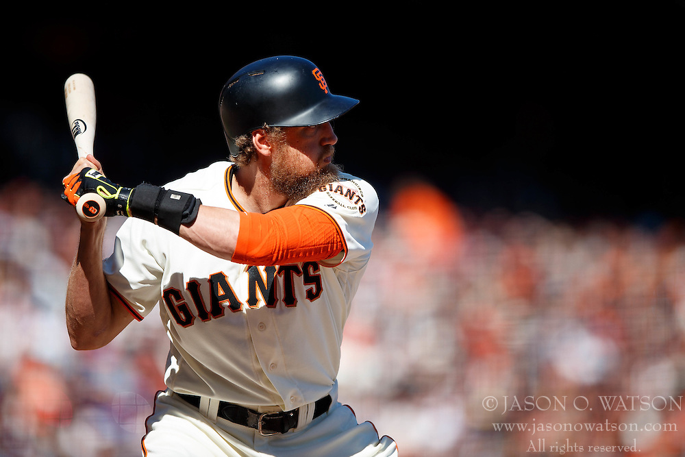 SAN FRANCISCO, CA - OCTOBER 02: Hunter Pence #8 of the San Francisco Giants at bat against the Los Angeles Dodgers during the sixth inning at AT&T Park on October 2, 2016 in San Francisco, California. The San Francisco Giants defeated the Los Angeles Dodgers 7-1. (Photo by Jason O. Watson/Getty Images) *** Local Caption *** Hunter Pence