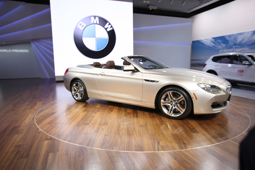 GR --- Detroit, Michigan ---11-01-10--- BMW unveils the new 650i convertible at the North American International Auto Show in Detroit, Michigan January 10, 2011.<br /> Geoff Robins AFP