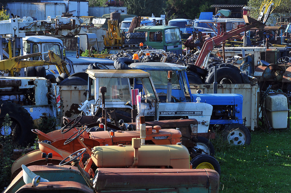 28/10/14 - LA FERTE HAUTERIVE - ALLIER - FRANCE - Collection de machines agricoles et d engins de BTP de Daniel LANTENOIS - Photo Jerome CHABANNE