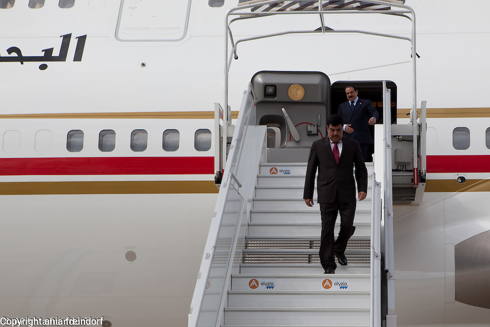King of Bahrain, Hamad bin Isa bin Salman Al Khalifa, arriving to Paris, France