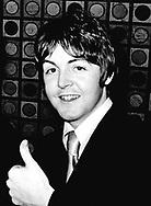Beatles 1966 Paul McCartney..