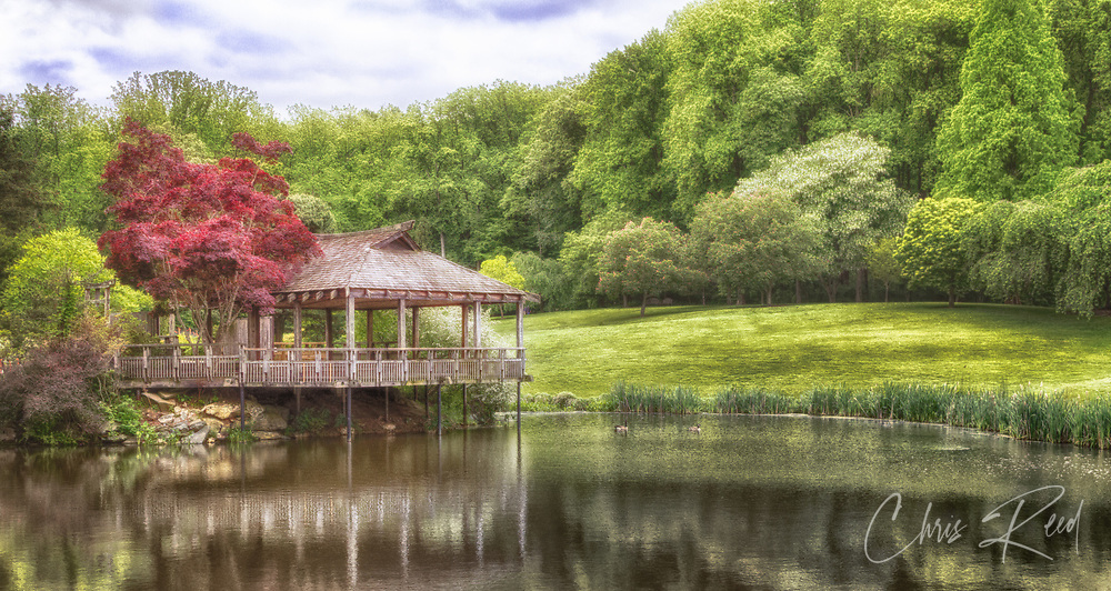 USA, Montgomery County, Maryland. The Japanese Tea House at the Brookside Gardens in Wheaton, Maryland.