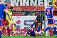 ROTTERDAM - SBV Excelsior - Feyenoord , Voetbal , Seizoen 2015/2016 , Eredivisie , Stadion Woudestein , 28-11-2015 , Speler van Feyenoord Dirk Kuyt kopt de 0-1 langs Excelsior keeper Tom Muyters (l)