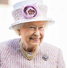 2015-08-15 Queen attends service to mark 70th anniversary of VJ Day