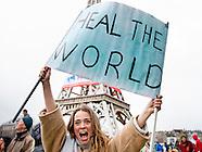 Froukje Jansen is een Nederlands presentatrice, actrice en ex-turnste tijdens de klimaat parade Deel