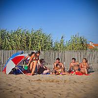 verao dos portugueses , praia do cabo do mundo , leca da palmeira