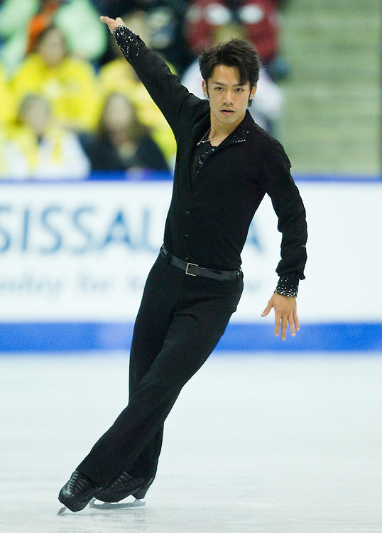 GJR435 -20111029- Mississauga, Ontario,Canada-  Daisuke Takahashi of Japan skates to a bronze medal in the mens competition at Skate Canada International, in Mississauga, Ontario, October 29, 2011.<br /> AFP PHOTO/Geoff Robins